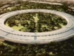 Steve Jobs presenta il futuro campus Apple